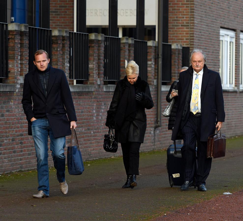 De familie Visser tijdens een eerdere zitting bij de rechtbank in Almelo.    ©foto eric brinkhorst