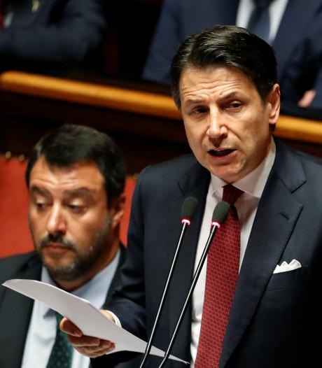 Italiaanse premier stapt op, populistische regering gevallen
