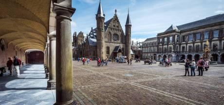 Brandweer dreigt Binnenhof te sluiten