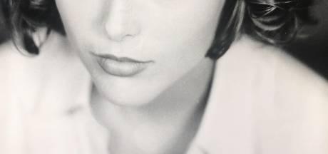 Nederlands ex-model: 'Ik ben verkracht door de meisjesleverancier van Epstein'