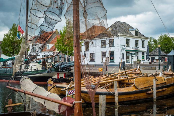 Na faillissement van het bedrijf van exploitant Peter Admiraal is het voorlopig gedaan met restaurant De Herberg in Elburg.