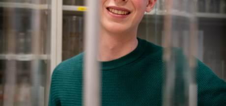 Bart (17) is Europees kampioen in natuurwetenschappen en heeft de universiteiten voor het uitkiezen