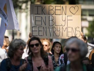 """WeAreFreedom houdt zondag vreedzaam protest in Kortrijk: """"Mensen sterven van angst en eenzaamheid door coronamaatregelen"""""""