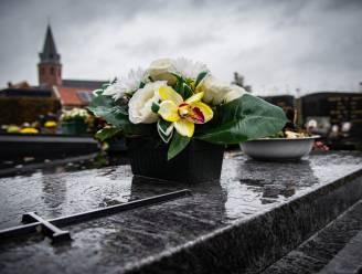 Grafzerken plaatsen en schoonmaken op begraafplaatsen kan nog tot vrijdag 29 oktober