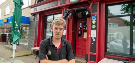 Gerwin (25) sluit zijn kroeg in Gramsbergen na wéér een waarschuwing : 'Ik ga geen politieagent spelen'