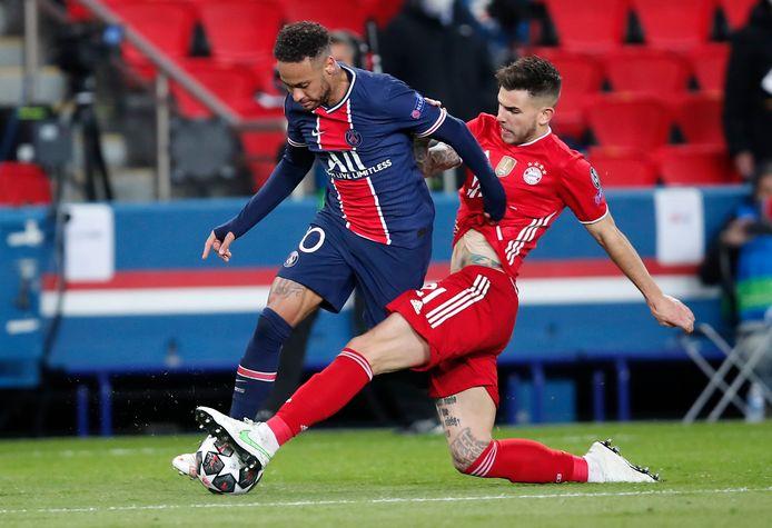 Neymar, hier in duel met Lucas Hernandez, was tegen Bayern nauwelijks af te stoppen.
