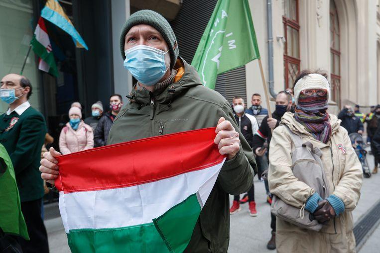 Een demonstratie tegen de coronamaatregelen in Budapest, eerder deze maand.  Beeld AP