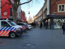 Opnieuw verzamelen groepjes jongeren zich in centrum van Enschede