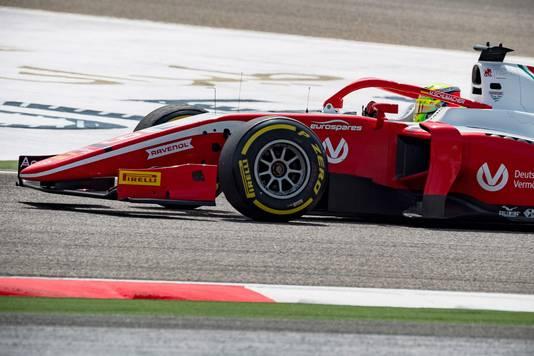 Mick Schumacher, de zoon van, racet ook mee in de Formule 2.