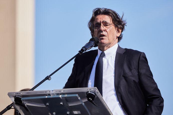 Luc Ferry, à la manifestation de soutien à la famille de Sarah Halimi, fin avril, à Paris