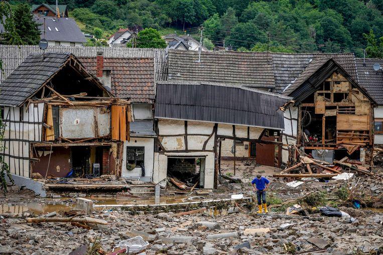 Verwoeste huizen in Schuld. Beeld AP