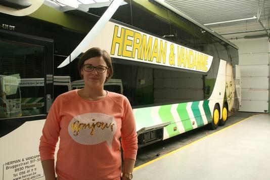 Zaakvoerster busbedrijf, Aline Herman.