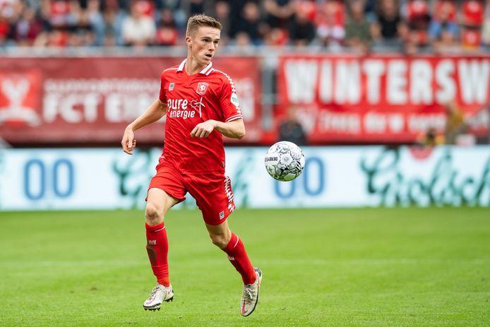 Daan Rots in actie tegen FC Utrecht.
