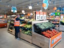 Snel een broodje met koffie scoren zonder de winkel binnen te gaan, het kan bij de nieuwe Appie in Meijhorst