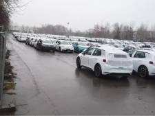 Duizend elektro-VW's met softwareprobleem op geheime parkeerplaats