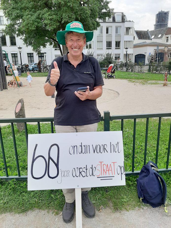 Frans (68) demonstreerde voor het eerst in zijn leven.