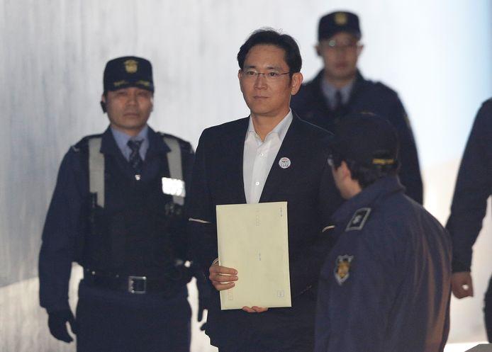 Lee Jae-yong op weg naar een hoorzitting vandaag.