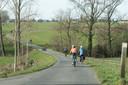 De Vlaamse Ardennen: een fietsparadijs, waar je geregeld wel een helling voor de wielen krijgt.