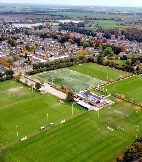 VVD legt raad nieuwe motie voor: 'breder onderzoek sportpark Dedemsvaart'