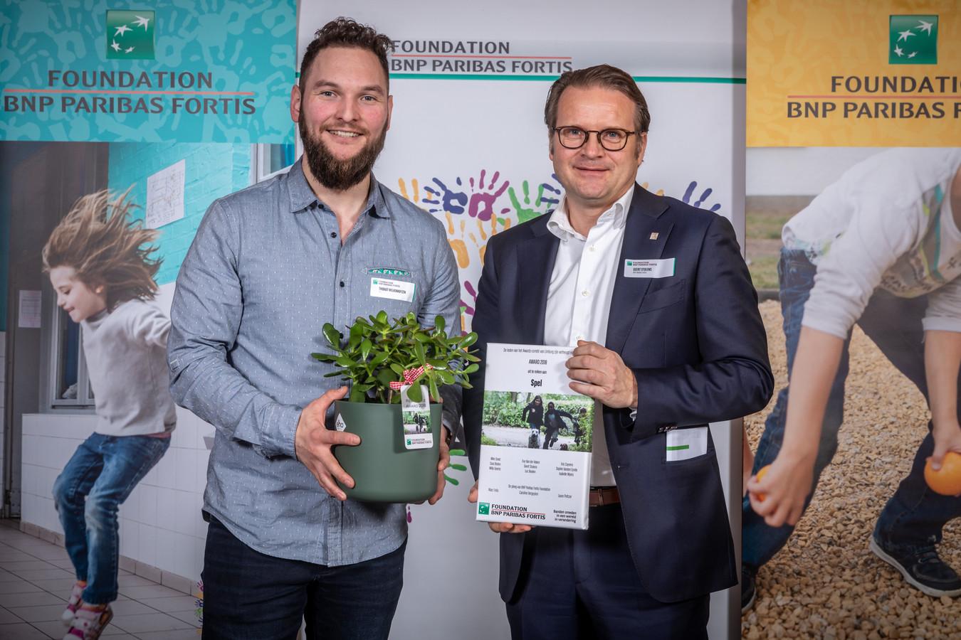 """Spel uit Lanaken voor het project """"Het spelperron: Veilige plaats voor jongeren"""". Zij ontvingen 2.000 euro steun."""