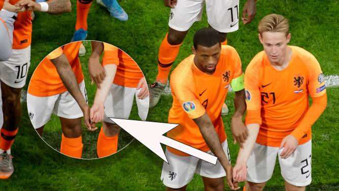 Oranje maakt prachtig statement tegen racisme bij openingsgoal