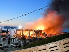 Bar Goed in haven Perkpolder afgebrand
