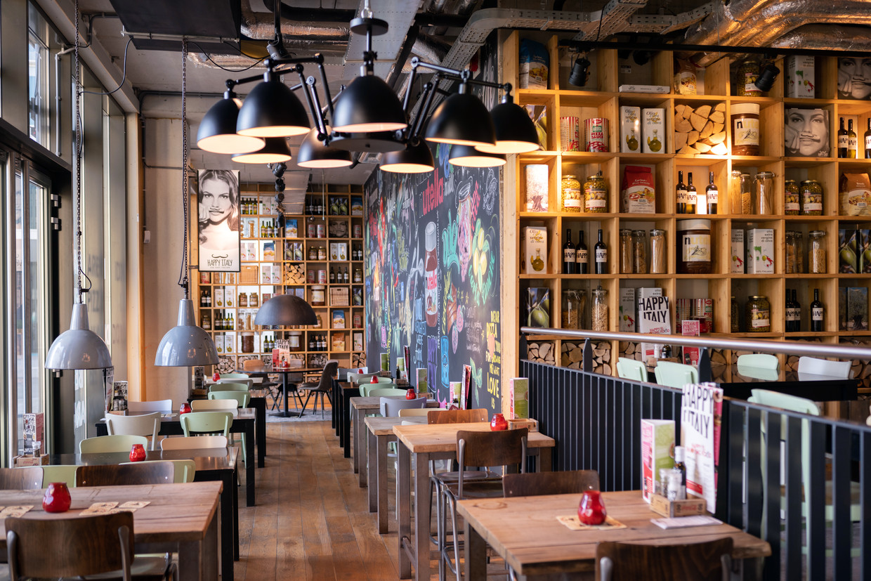 Amsterdam, Restaurant Happy Italy Beeld Els Zweerink