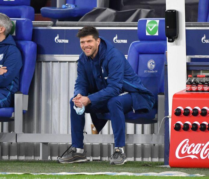 Klaas-Jan Huntelaar keek woensdagavond tegen 1. FC Köln (1-2 nederlaag in blessuretijd) nog toe.
