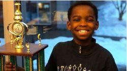 Dakloos vluchtelingenkind (8) is schaakkampioen