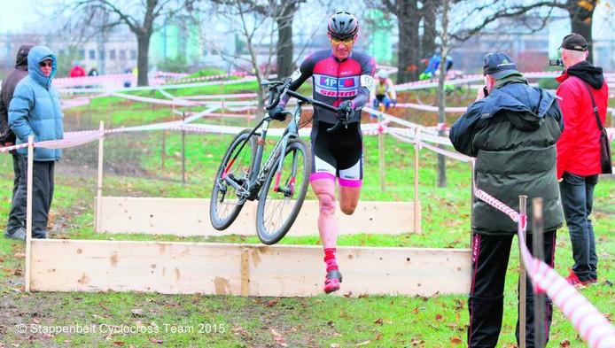 Gert Stappenbelt doet vrijdag mee aan het WK cyclocrossvoor masters.