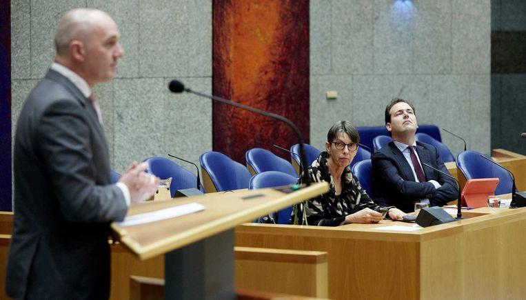 PVV'er Machiel de Graaf in debat met minister Asscher en staatssecretaris Klijnsma over de begroting van Sociale Zaken. Beeld anp