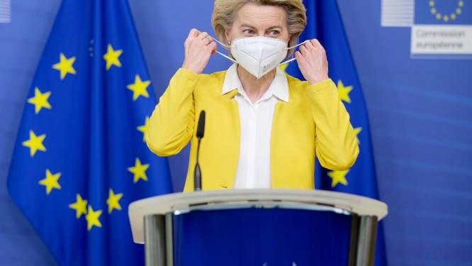 Ursula von der Leyen ingeënt met Pfizer-vaccin