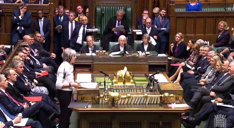 Premier Theresa May praatte het Britse Lagerhuis vandaag bij over de laatste brexit-onderhandelingen. Beeld AFP