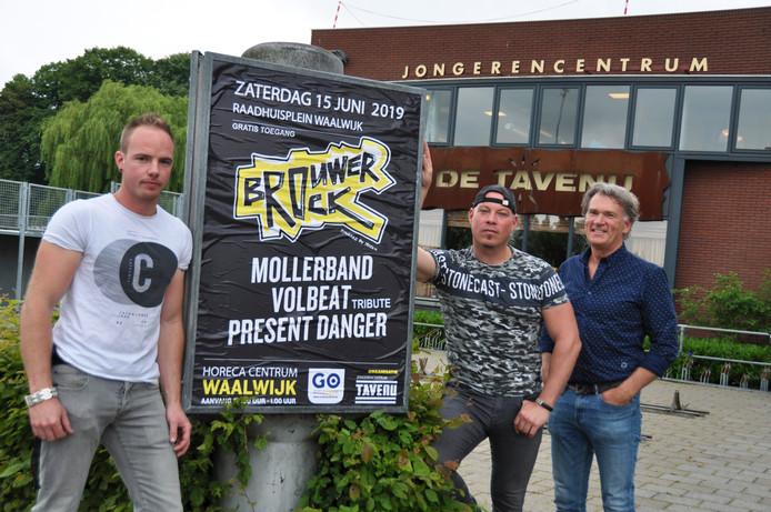 De drijvende krachten achter BrouwerRock met Kevin de Brouwer (zoon van Ingrid), Thijs de Jong en Erik van Ginneken (vlnr).