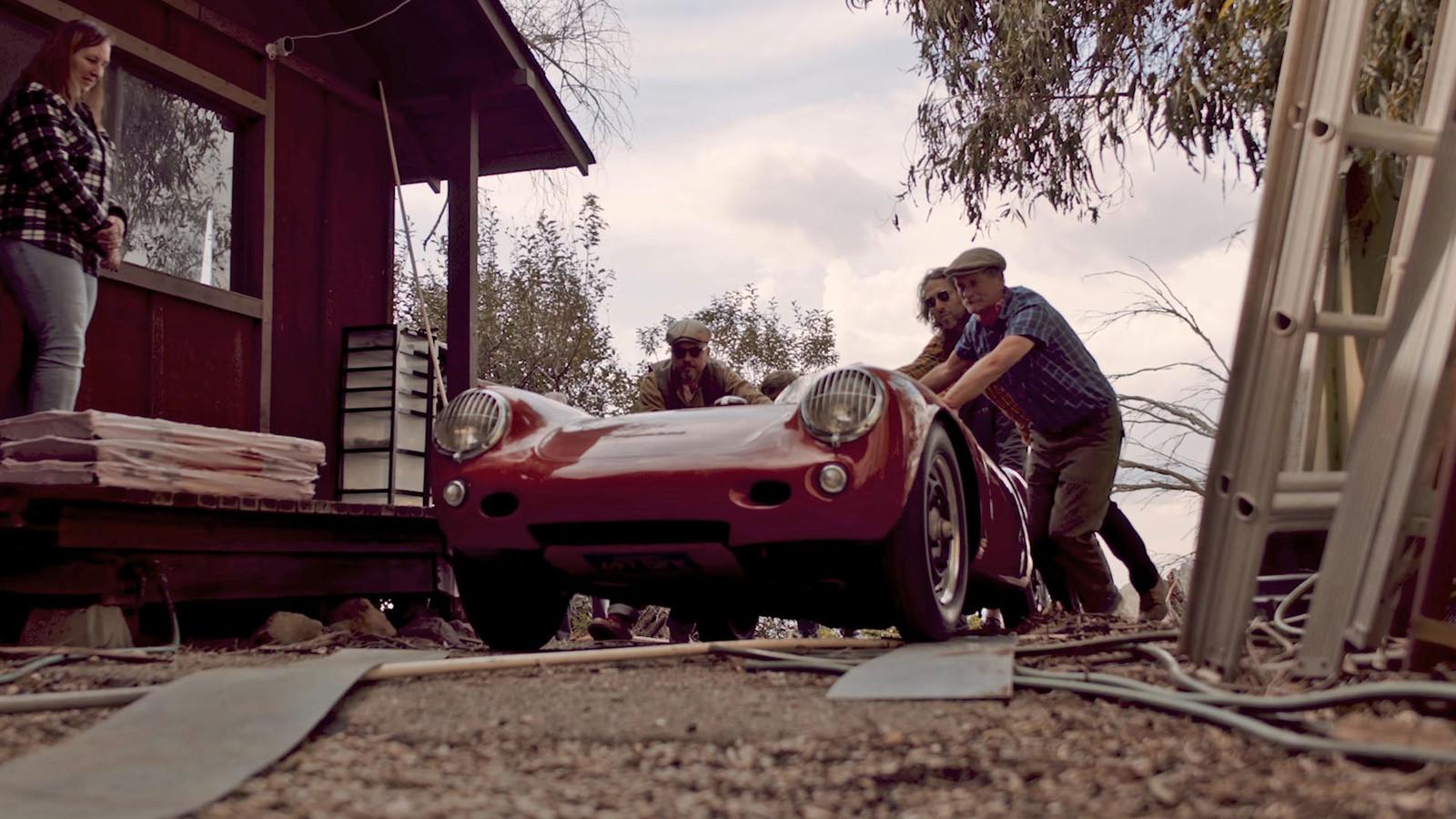 De Porsche 550 Spyder uit 1955 is vele miljoenen waard.