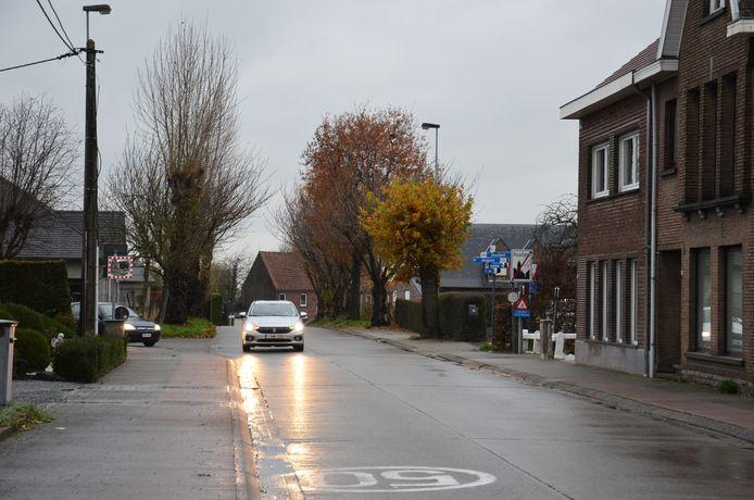 De Hoogkouterbaan wordt een eenrichtingsstraat.