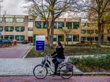 Leerlingen Emmauscollege na ophef en bedreigingen: spotprent had niet in de klas moeten hangen