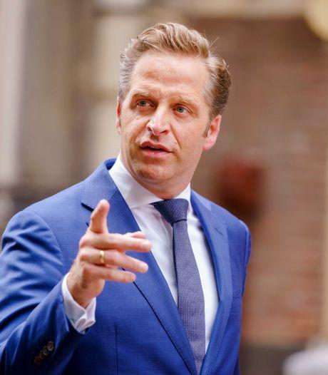 Burgemeesters boos om coronakritiek Hugo de Jonge: 'Ik voel mij echt genomen'