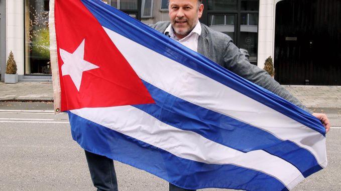 Fotograaf zamelt hulpgoederen in voor Cuba