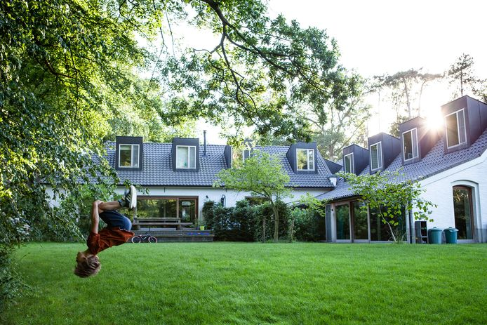 Het dagelijks leven in en rond kasteel Boterberg, een cohousingproject in Vlaams-Brabant.