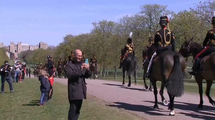 Zaterdag wordt wereldwijd afscheid genomen van de hertog van Edinburgh, prins Philip. Op Windsor Castle, ten westen van Londen, zijn al de hele dag plechtigheden bezig.