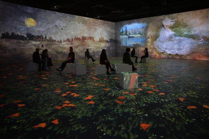 ''Claude Monet, l'expérience immersive'' dans la galerie Horta.