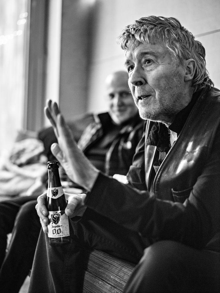 'Jonge gasten drinken nu whisky, dure wijn en champagne. Wij deden dat niet, want dat was voor de rijken. Wij liftten naar Marokko om joints te roken.' Beeld Johan Jacobs