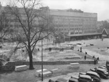 Besmette tegels op het Vredenburgplein