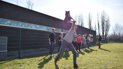 Lichtpunt lanceert oproep om oude sjakossen binnen te brengen voor WK op pinkstermaandag