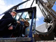 200e paal gaat de grond in voor de nieuwe bioscoop in Roosendaal: 'Nog vijftig te gaan'