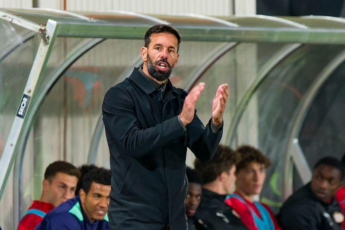 Ruud van Nistelrooy is de trainer van Jong PSV.