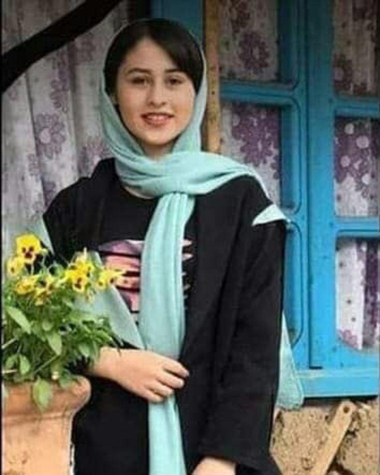 De 14-jarige Romina Ashrafi. Beeld Twitter