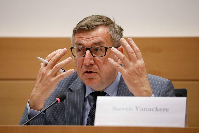 Steven Vanackere wordt door CD&V voorgesteld als nieuwe directeur bij de Nationale Bank. Beeld BELGA
