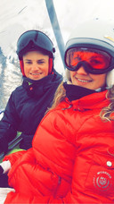 Paul, samen met zus Mandy in de skilift.